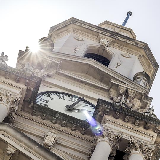 South Melbourne Town Hall clock. Photo courtesy of diagon_sally/shutterstock,com